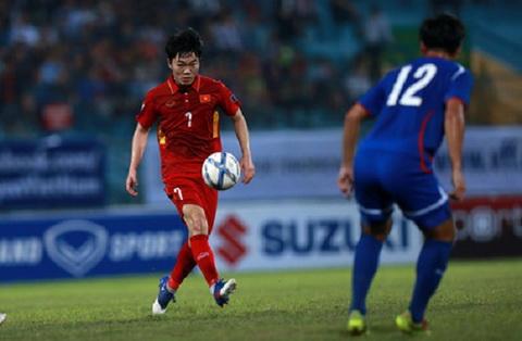 Man trinh dien cua tien ve Xuan Truong tran Viet Nam 1-1 Dai Loan
