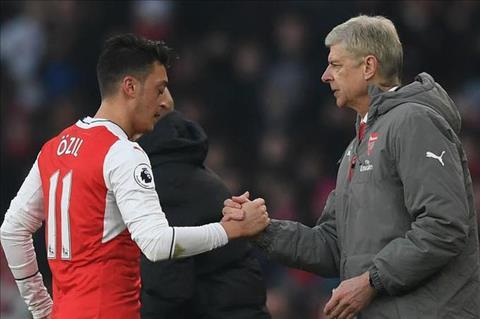Goc Arsenal Mesut Ozil thuc su quan trong hinh anh 3