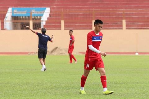 HLV Hoang Anh Tuan goi sao tung lo hen U20 World Cup vao U19 Viet hinh anh