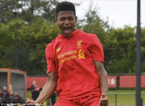 Sao tre Liverpool tiet lo ly do roi bo Chelsea hinh anh
