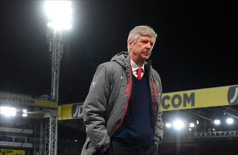 Arsene Wenger, ong an mung danh hieu top 4 den bao gio hinh anh 2