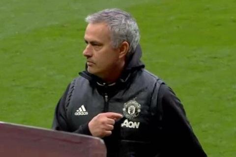 Man Utd Loi xin loi muon mang cua Jose Mourinho hinh anh 2