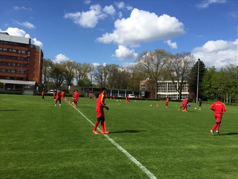 U20 Viet Nam vs U23 Monchengladbach Cu duot dau tien cho World Cup hinh anh
