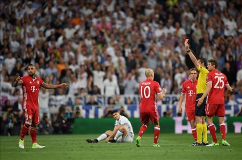 Thong ke Real 4-2 Bayern Ronaldo lai lap ky tich hinh anh 2