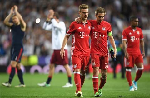 Thong ke Real 4-2 Bayern Ronaldo lai lap ky tich hinh anh