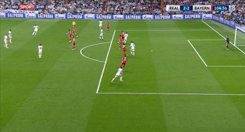 Trong tai tran Real Madrid 4-2 Bayern mac hang loat sai lam hinh anh