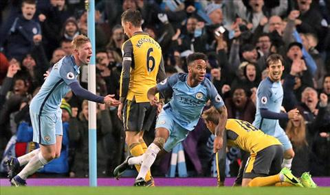 Sterling ca ngoi Arsenal truoc dai chien hinh anh