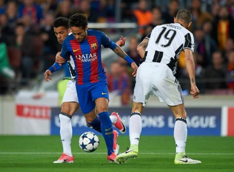 Barcelona Cu nga, giot nuoc mat va tuong lai phia truoc hinh anh 5
