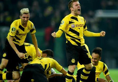 Tong hop Gladbach 2–3 Dortmund (Vong 30 Bundesliga 201617) hinh anh
