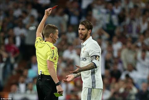Du am Real 2-3 Barca Madrid trong noi buon tham tham hinh anh 2