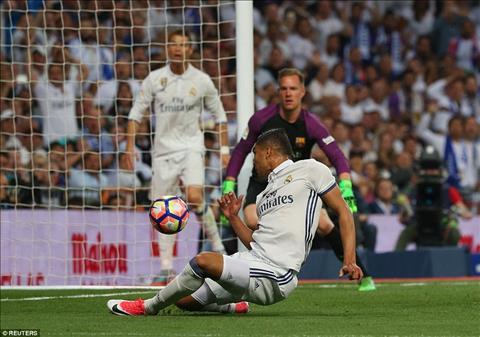 Nhung diem nhan sau tran Sieu kinh dien Real Madrid 2-3 Barca hinh anh 2