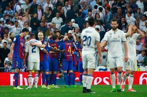 Thua Barca, Real con mat tien ve Gareth Bale hinh anh 2