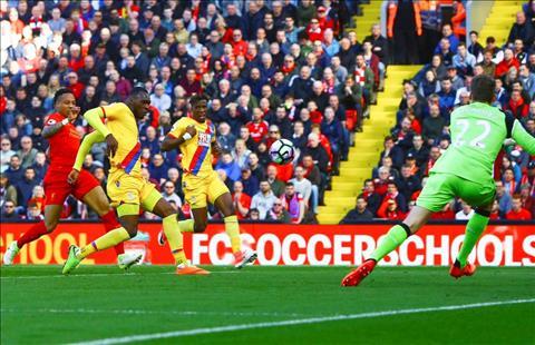 Nhung con so dac biet sau tran dau Liverpool 1-2 Crystal Palace hinh anh
