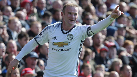 Su tro lai cua Rooney giup M.U bot nho Ibra