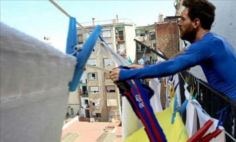 Man an mung cua Messi o El Clasico tro thanh trao luu moi tren Internet hinh anh 4