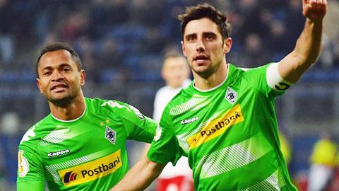 Nhan dinh Gladbach vs Frankfurt 01h45 ngay 264 (Cup QG Duc 201617) hinh anh