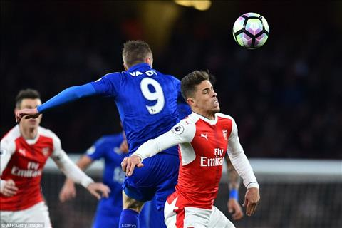 Diem nhan sau chien thang vat va cua Arsenal truoc Leicester hinh anh 2