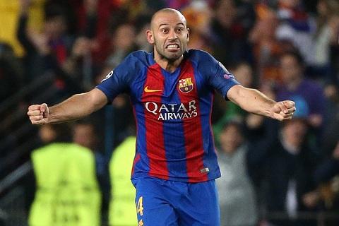 Sau 7 nam, Mascherano lap thanh tich khong the tin duoc cho Barca hinh anh