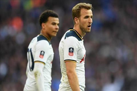 Wenger tru eo Tottenham tan dan xe nghe hinh anh
