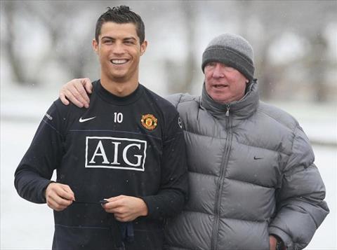 Ronaldo hop tac voi Nike ra mat giay moi  hinh anh 2