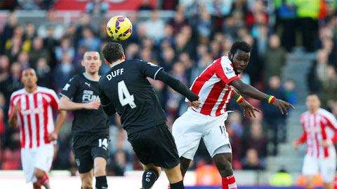 Stoke vs Liverpool (21h ngay 84) Con khung hoang o manh dat chet hinh anh 2