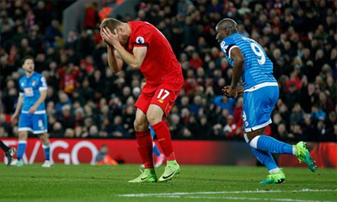 Liverpool 2-2 Bournemouth The Kop van chi thich sam vai Robin Hood o Premier League hinh anh