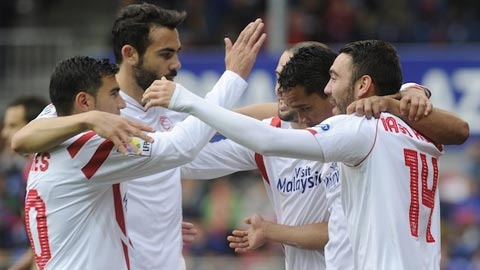 Nhan dinh Sevilla vs Deportivo 23h30 ngay 84 (La Liga 201617) hinh anh