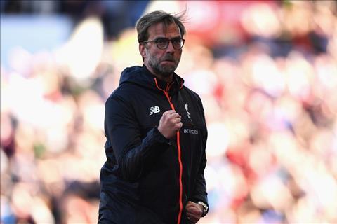 Du am Stoke 1-2 Liverpool Ngay cua cac benh binh hinh anh 2