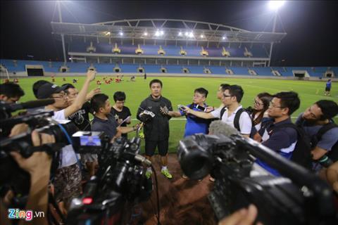 HLV Huu Thang chia se truoc them giao huu U22 Viet Nam vs U20 Argentina