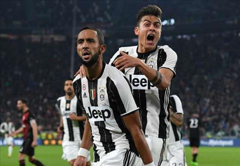 CLB Juventus chinh thuc so huu trung ve Benatia hinh anh
