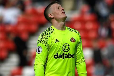 Thu mon Jordan Pickford sap toi Everton hinh anh