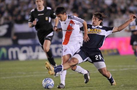 Nhan dinh Gimnasia vs River Plate 07h15 ngay 235 (VDQG Argentina 2017) hinh anh