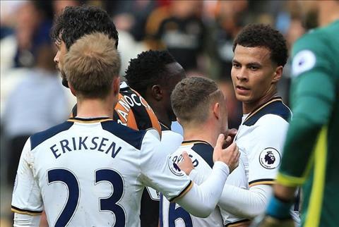 Vi sao Premier League 201617 co ngay ha man thu vi bac nhat trong lich su hinh anh 8