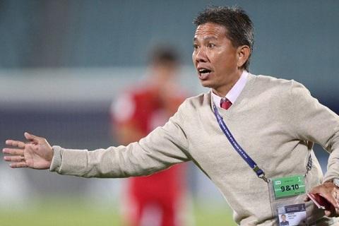 HLV Hoang Anh Tuan trong tran gap U20 New Zealand