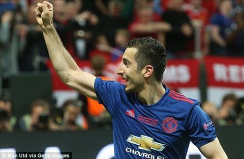 Ajax 0-2 MU Thang dung chat Mourinho, Man do buoc len buc vinh quang hinh anh 3