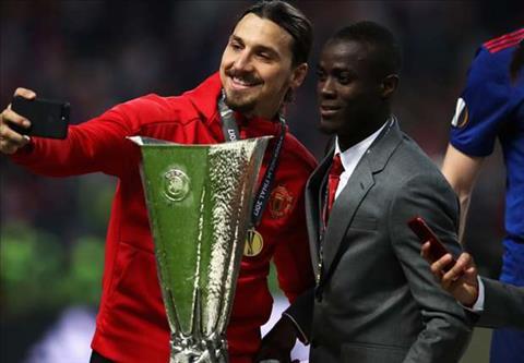 Ibrahimovic vui mung vi M.U vo dich Europa League