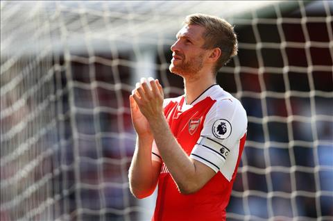 Quan diem Arsenal nen tai su dung Coquelin o chung ket FA Cup hinh anh 3