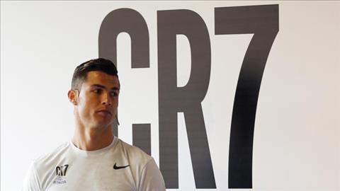 Ngoi sao Ronaldo co nguy co di tu 5 nam vi tron thue
