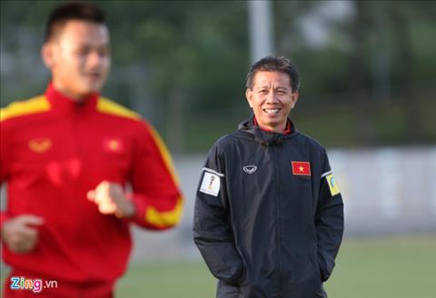 HLV Hoang Anh Tuan va cac hoc tro tu tin truoc tran gap U20 Honduras. Anh: Zing.vn