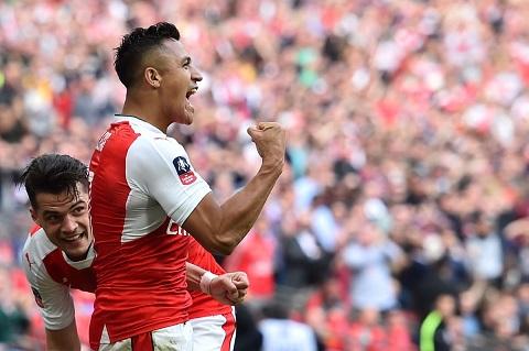 Alexis Sanchez van la linh hon cua Arsenal