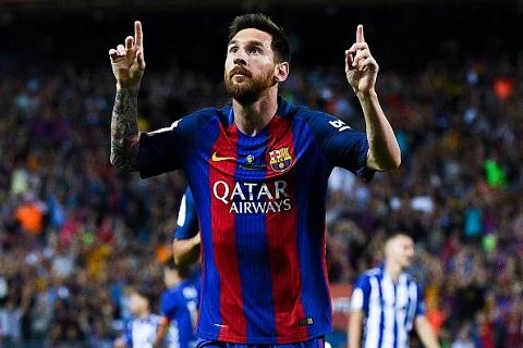 Messi chinh thuc doat Chiec giay vang chau Au lan thu tu, sanh ngang Ronaldo