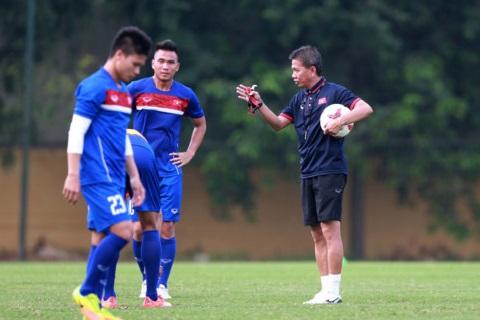 HLV Hoang Anh Tuan tiet lo ly do U20 Viet Nam tap nang hinh anh