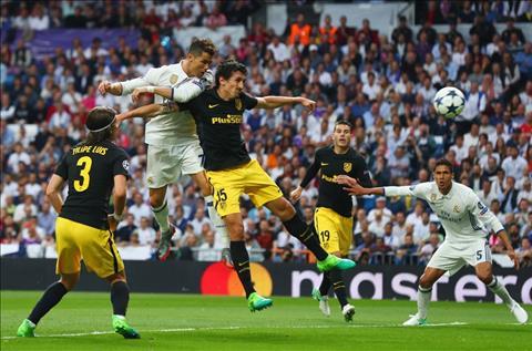 Real 3-0 Atletico Ronaldo va chan gia tri cua mot sieu sao hinh anh 2