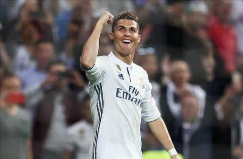 Real 3-0 Atletico Ronaldo va chan gia tri cua mot sieu sao hinh anh