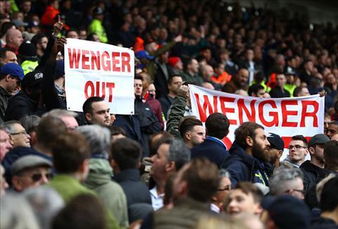 Arsene Wenger can chung to minh truoc khi bi cac CDV Arsenal quay lung hoan toan.
