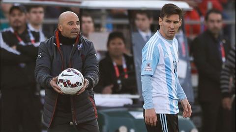 Chua giai nghe, Messi van se vo doi lang bong da hinh anh
