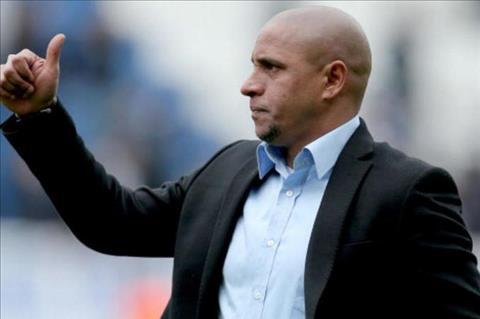 Cuu danh thu Roberto Carlos phu nhan dung doping o World Cup 2002 hinh anh