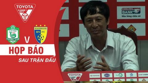 HLV Vu Quang Bao bi BTC V-League gui thu nhac nho.