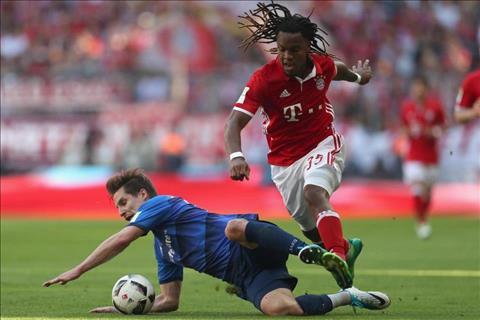 AC Milan sap co tien ve Renato Sanches  hinh anh 2