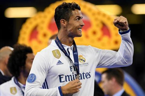 Real het gia khong tuong cho Tien dao Cristiano Ronaldo hinh anh